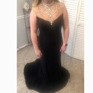 Dresses - Black formal dress